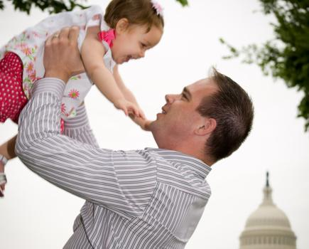 $150 for 1 Hour DC Family Photo Shoot Package - Includes Musical Montage & 100 Images (50% off)