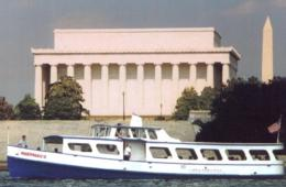 $20 for DC Family Sightseeing Cruise with Capitol River Cruises (53% Off - $42 Value)