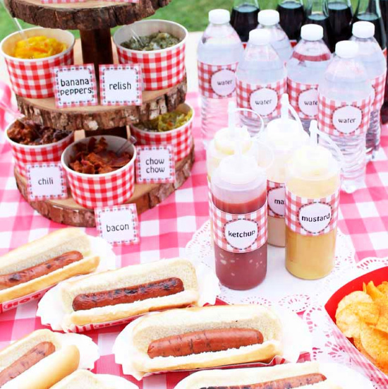 Hot Dog Bar by The Country Chic Cottage 4th of July Decor